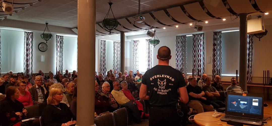 Torbjörn föreläser för 100 personer i Växjö kommun under krisberedskapsveckan.