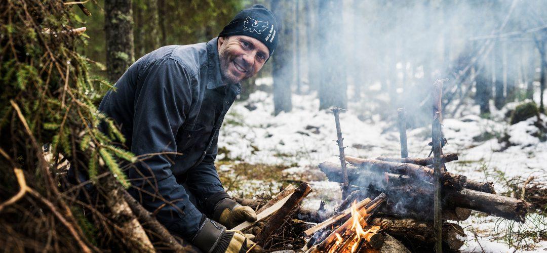 Torbjörn Selin vid elden