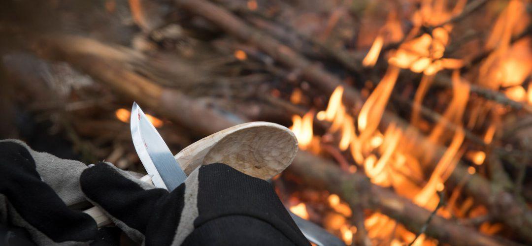 Täljkurs vid elden